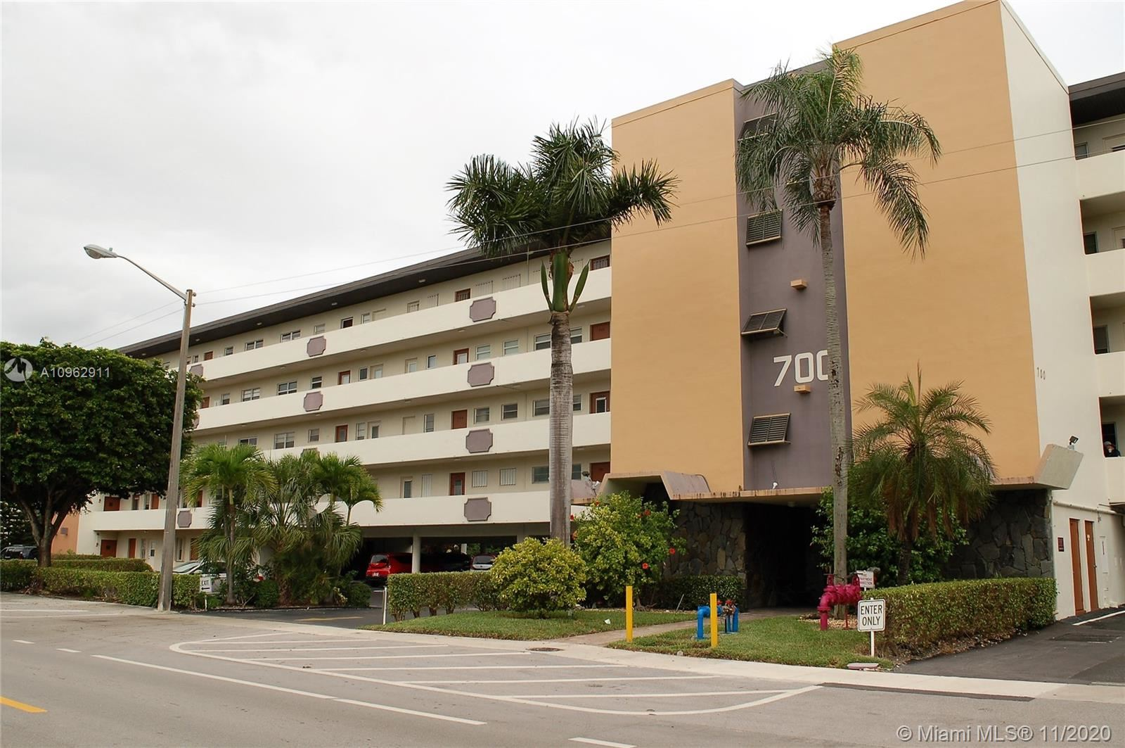 Photo of 700 NE 14th Ave #502, Hallandale Beach, FL 33009 (MLS # A10962911)