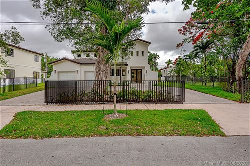 Photo of 2517 Red Road, Coral Gables, FL 33134 (MLS # A10402912)