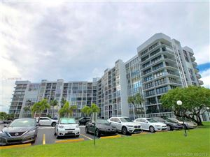 Foto de inmueble con direccion 800 Parkview Dr #616 Hallandale Beach FL 33009 con MLS A10675913