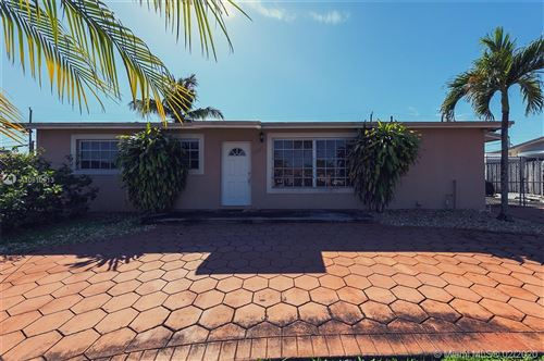 Photo of Listing MLS a10810913 in 7860 NW 174th Ter Hialeah FL 33015