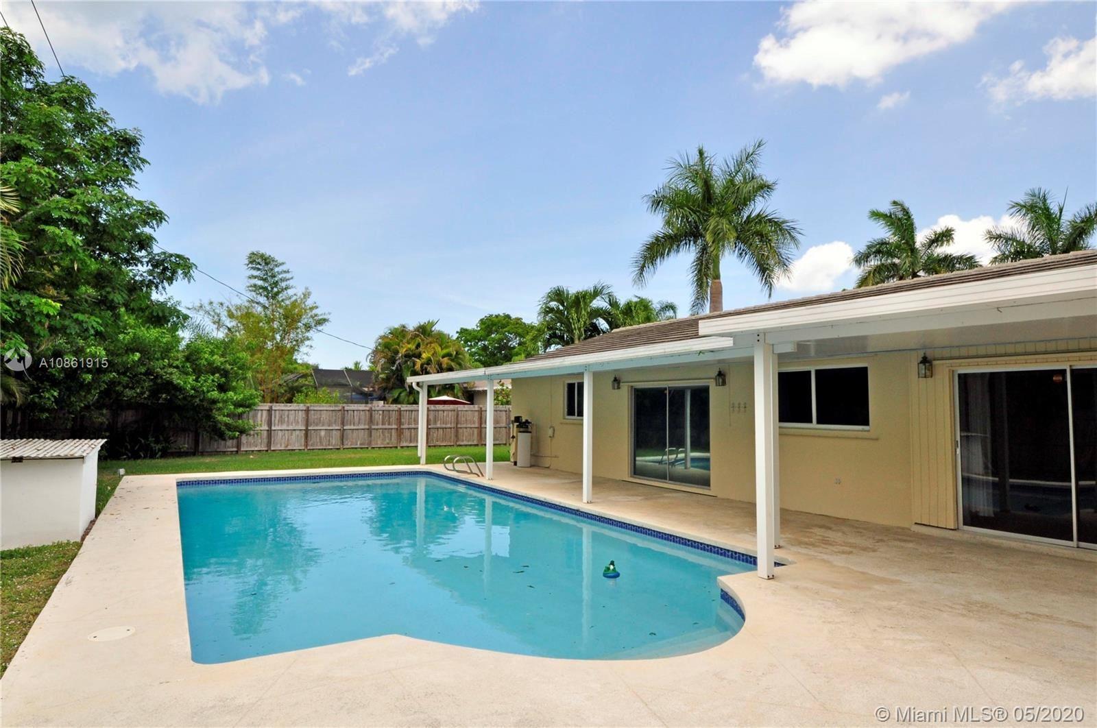 8815 SW 160th St, Palmetto Bay, FL 33157 - #: A10861915