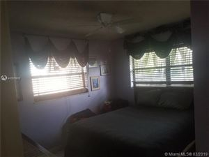 Foto de inmueble con direccion 3821 NW 20th Ter Oakland Park FL 33309 con MLS A10639916