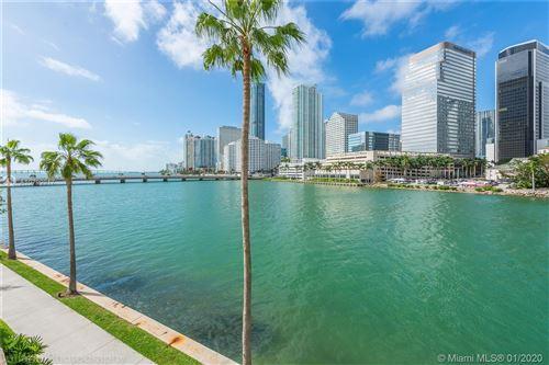 Foto de inmueble con direccion 701 Brickell Key Blvd #303 Miami FL 33131 con MLS A10799917