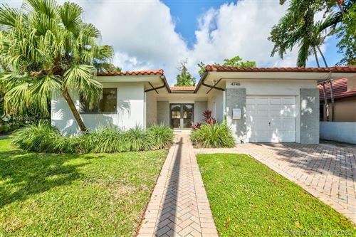 Photo of 4746 Alton Rd, Miami Beach, FL 33140 (MLS # A10816917)