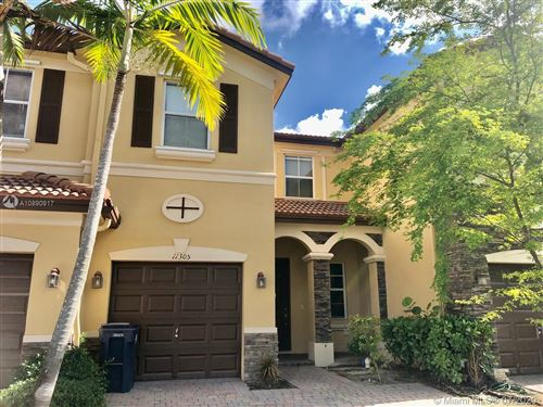 Photo of 11305 NW 87th St #11305, Doral, FL 33178 (MLS # A10890917)