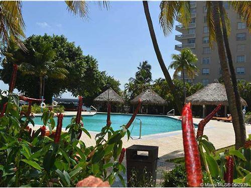 Photo of 2451 BRICKELL AVE #7E, Miami, FL 33129 (MLS # A10907918)