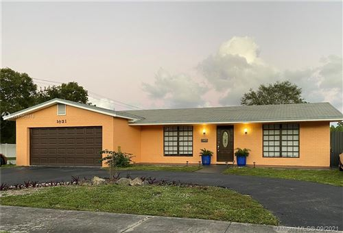 Photo of 1831 N 56th Ave, Hollywood, FL 33021 (MLS # A11104918)