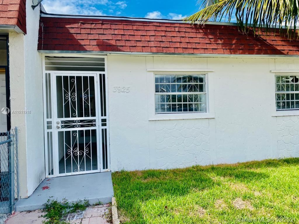 3925 NW 207th St Rd, Miami Gardens, FL 33055 - #: A11011918