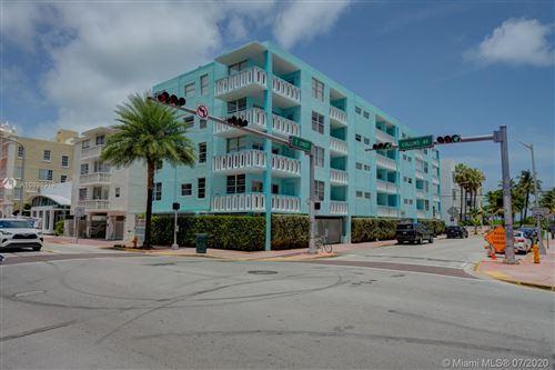 Foto de inmueble con direccion 701 Collins Ave #4E Miami Beach FL 33139 con MLS A10898919