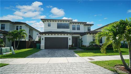 Foto de inmueble con direccion 7300 SW 163rd Ave Miami FL 33193 con MLS A10883920