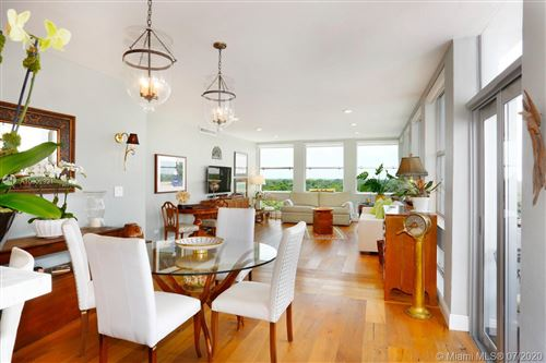 Photo of Listing MLS a10902921 in 700 Biltmore Way #910 Coral Gables FL 33134