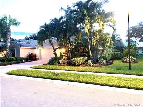 Photo of 12181 La Vita Way, Boynton Beach, FL 33437 (MLS # A11102921)