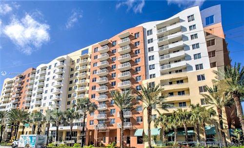 Photo of 18800 NE 29th Ave #827, Aventura, FL 33180 (MLS # A10762922)