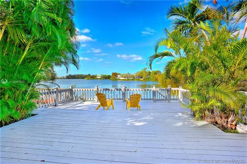 Photo of Listing MLS a10807923 in 5000 SW 72nd Ave Miami FL 33155