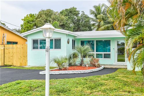 Photo of Listing MLS a10810923 in 4581 SW 35th Ave Dania Beach FL 33312