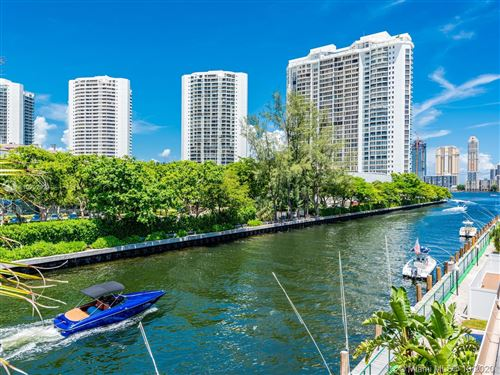 Foto de inmueble con direccion 3745 NE 171st St #74 North Miami Beach FL 33160 con MLS A10902923