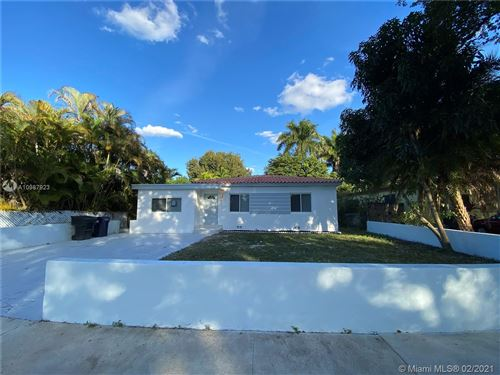 Photo of 511 Forrest Dr, Miami Springs, FL 33166 (MLS # A10987923)