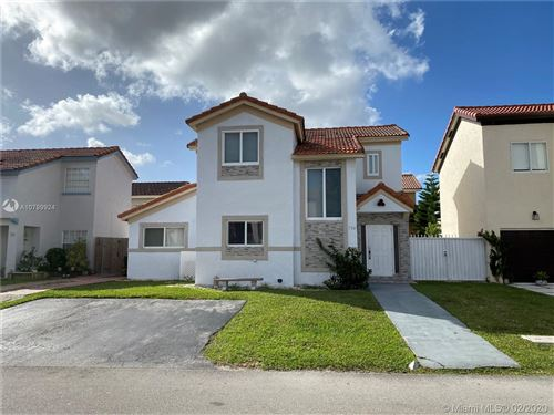 Photo of Listing MLS a10799924 in 754 NW 126th Ct Miami FL 33182