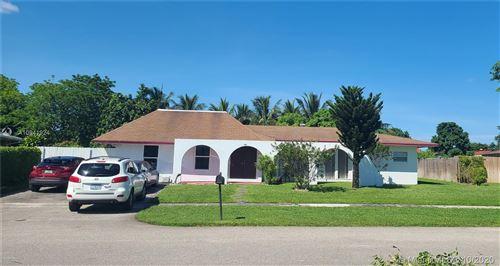 Photo of 931 Hibiscus Drive, Royal Palm Beach, FL 33411 (MLS # A10941924)
