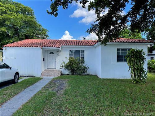 Photo of 1231 NE 129th St #1231, North Miami, FL 33161 (MLS # A11101924)