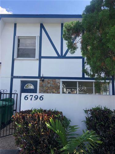 Photo of 6796 SW 40th St #32, Davie, FL 33314 (MLS # A11116924)