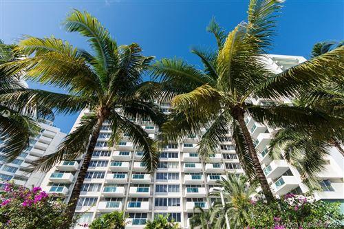 Foto de inmueble con direccion 1200 West Ave #419 Miami Beach FL 33139 con MLS A10848925