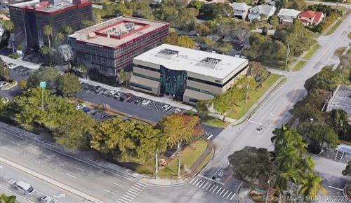 Foto de inmueble con direccion 2801 N University Dr #302 Coral Springs FL 33065 con MLS A10867926