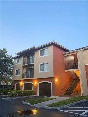 Photo of 4177 N Haverhill Rd #808, West Palm Beach, FL 33417 (MLS # A10974927)