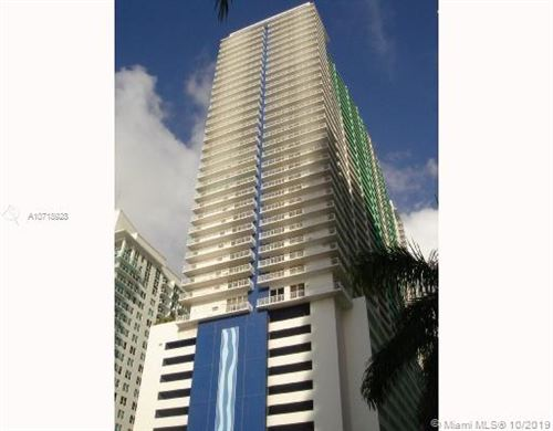Photo of Listing MLS a10718928 in 1200 Brickell Bay Dr #3603 Miami FL 33131