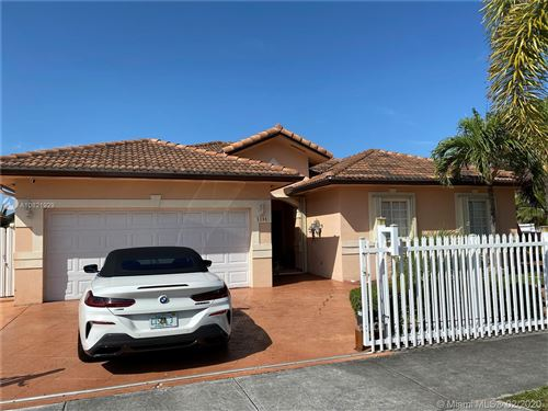 Photo of Listing MLS a10821929 in 5204 SW 159th Ct Miami FL 33185
