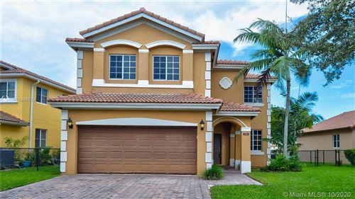 Foto de inmueble con direccion 156 SE 22nd Ter Homestead FL 33033 con MLS A10946930