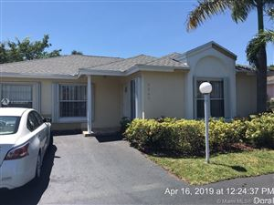 Photo of 5540 NW 101st Ct, Doral, FL 33178 (MLS # A10658931)