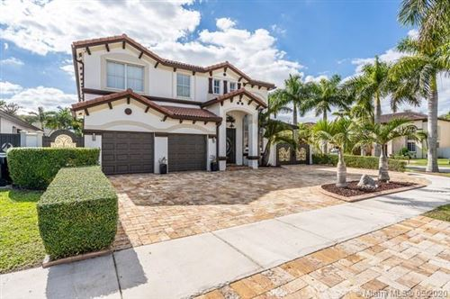 Photo of Listing MLS a10777931 in 15398 SW 12th Ter Miami FL 33194