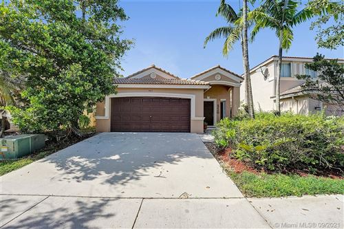 Photo of 463 Conservation Dr, Weston, FL 33327 (MLS # A11087931)