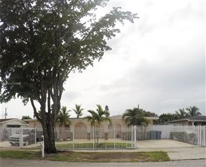 Photo of Listing MLS a10724932 in 17921 NW 43RD Ave Miami Gardens FL 33055