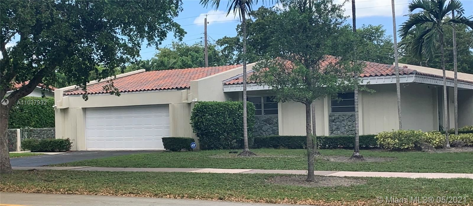 Photo of Coral Gables, FL 33146 (MLS # A11037932)