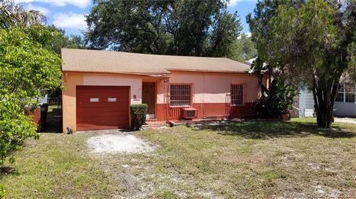 Photo of 365 NE 87th St, El Portal, FL 33138 (MLS # A10851933)