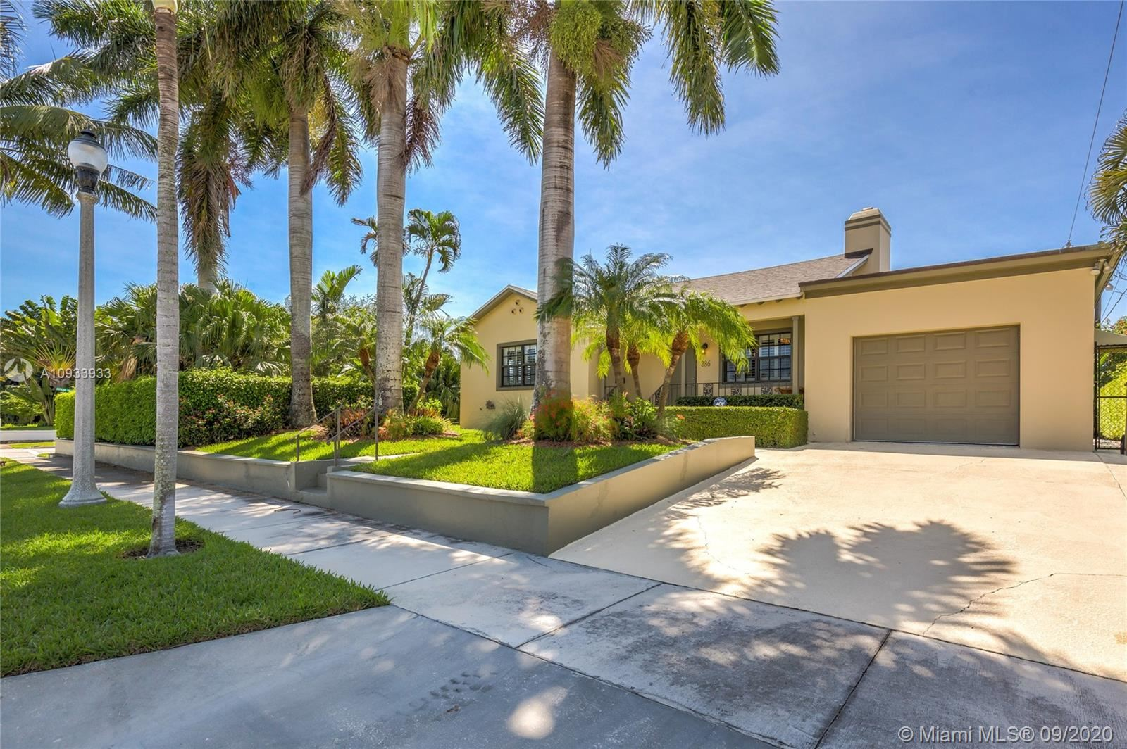 386 Palmetto St, West Palm Beach, FL 33405 - #: A10933933