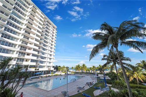 Photo of 100 Lincoln Rd #801, Miami Beach, FL 33139 (MLS # A11098934)