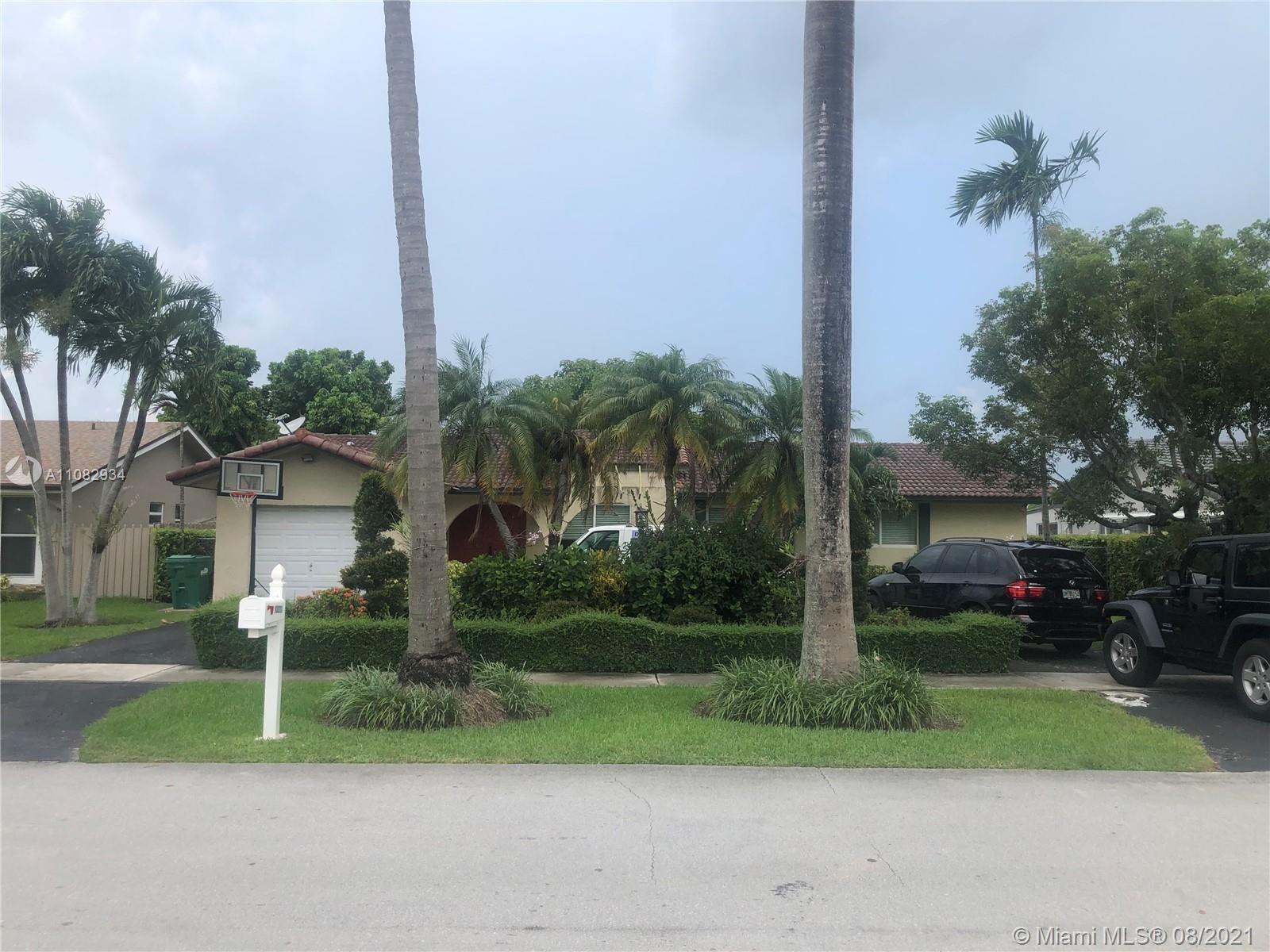 13271 SW 1st St, Miami, FL 33184 - #: A11082934