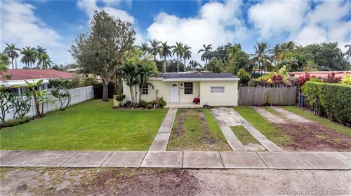 Photo of Listing MLS a10798935 in 10040 SW 47th St Miami FL 33165