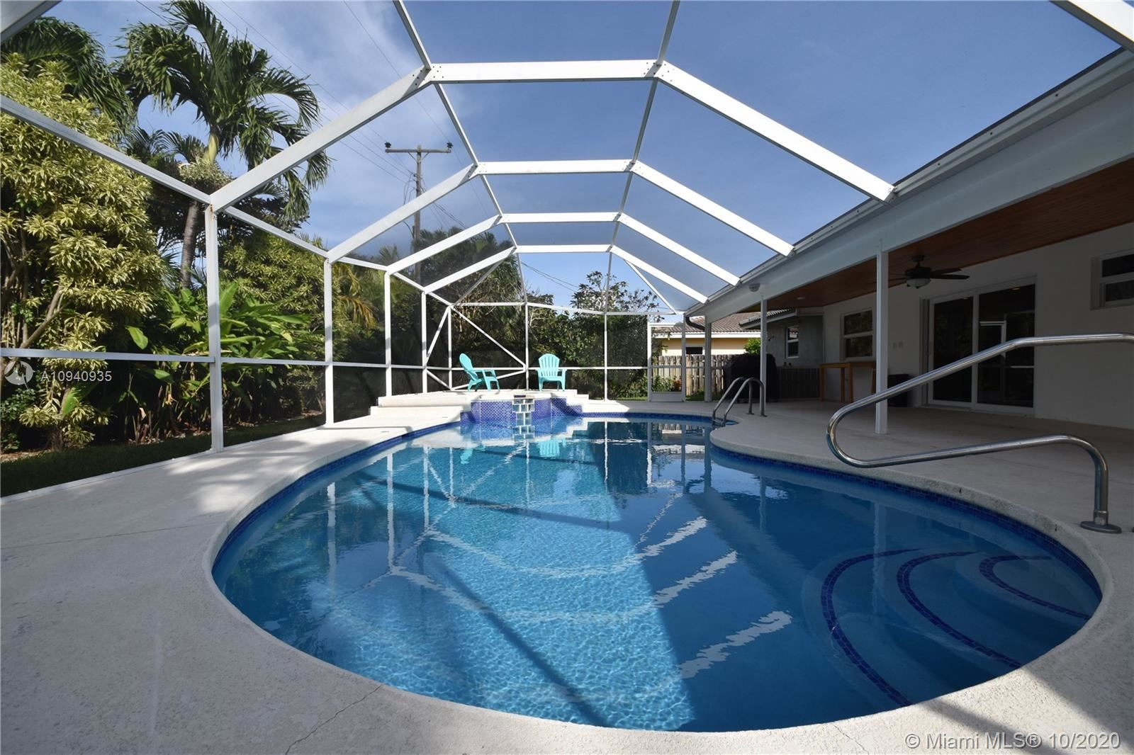 1200 Manor Dr, Riviera Beach, FL 33404 - #: A10940935