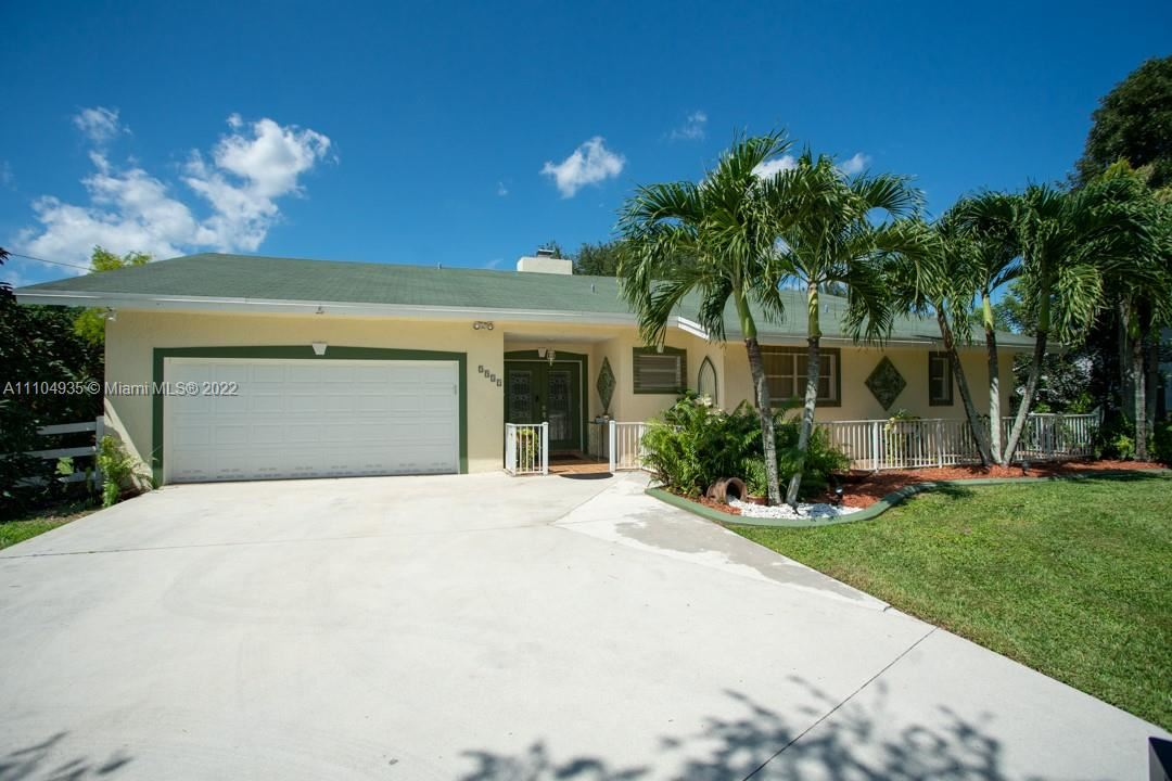5921 SW 195th Ter, SouthWest Ranches, FL 33332 - #: A11104935