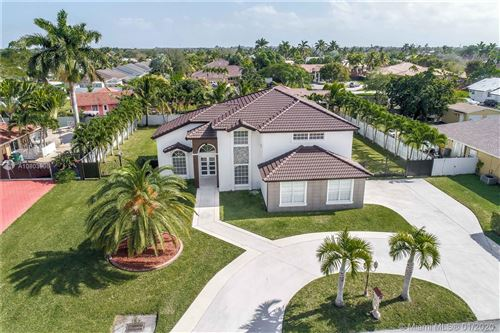 Photo of Listing MLS a10803936 in 15805 SW 150th Ct Miami FL 33187