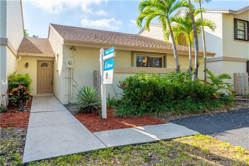Photo of Listing MLS a10808936 in 11762 SW 92nd Ter Miami FL 33186
