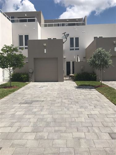 Photo of 10506 NW 66th St, Doral, FL 33178 (MLS # A10888938)