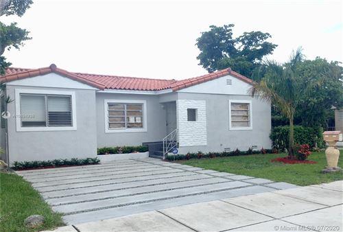 Foto de inmueble con direccion 1065 SW 62nd Ave West Miami FL 33144 con MLS A10894938