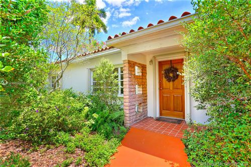 Photo of Listing MLS a10860939 in 5870 SW 50 ST Miami FL 33155