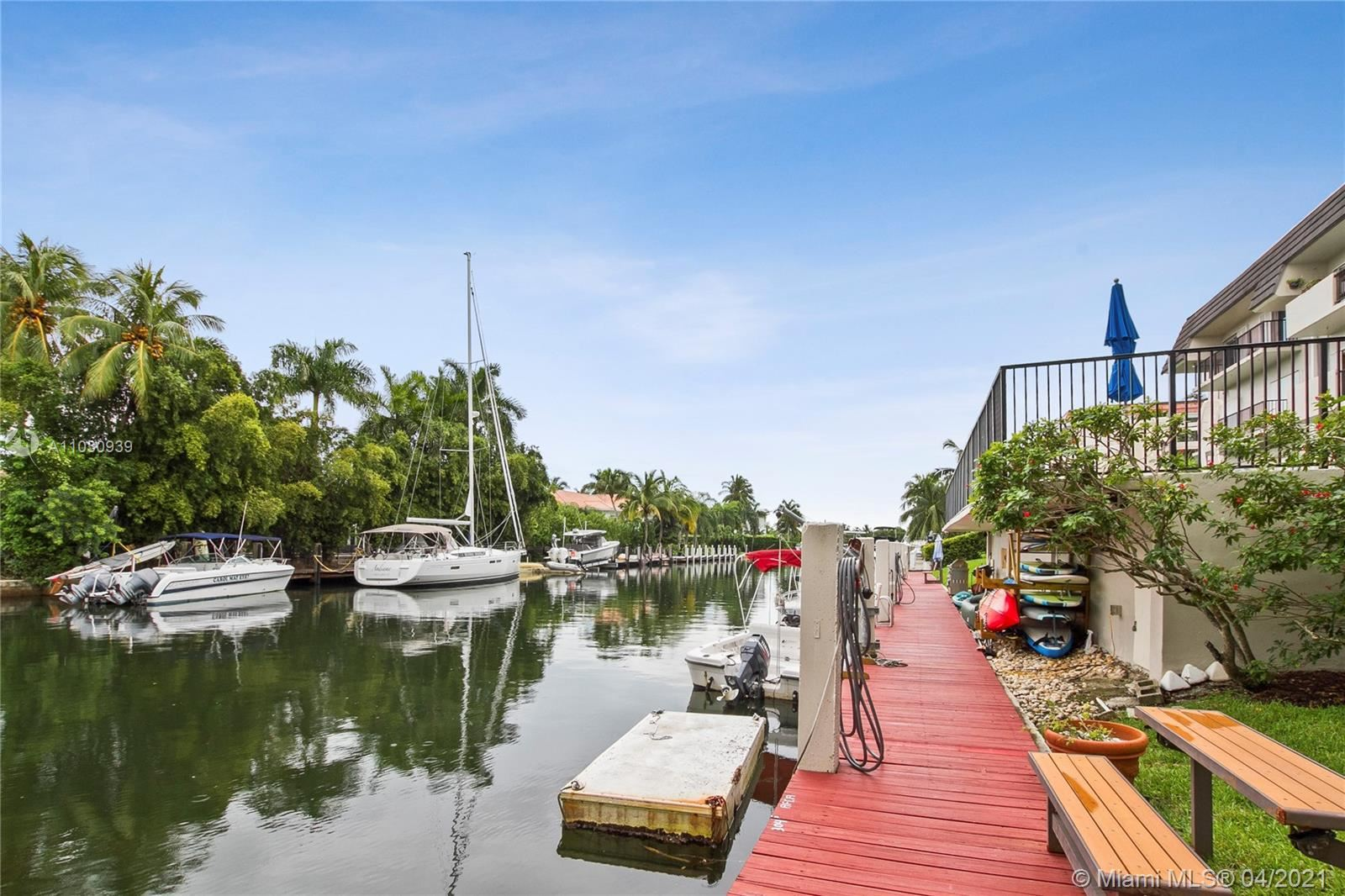 6815 Edgewater Dr #305, Coral Gables, FL 33133 - #: A11030939