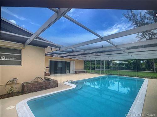 Photo of 500 Santa Fe Rd, West Palm Beach, FL 33406 (MLS # A11059940)
